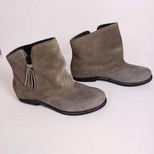 EMU Australia Heysen Ankle Boots Size 7